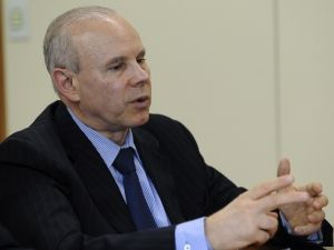 Ministro da Fazenda fala sobre reforma do ICMS
