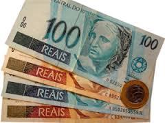 IPC-S registra queda e fecha abril com inflação de 0,52%