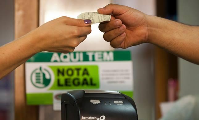 Começam depósitos do Nota Legal em dinheiro