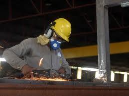 Produção da indústria brasileira sobe 0,7% em setembro