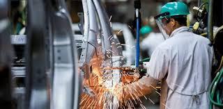 Atividade industrial fica estagnada em 2013