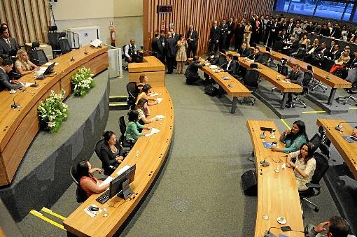 Câmara Legislativa retoma trabalhos e vai analisar Pacto proposto por GDF