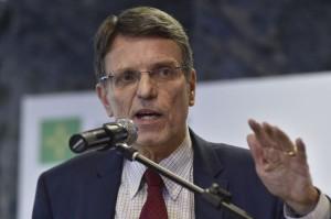 #Hélio Doyle pede demissão da Casa Civil do DF