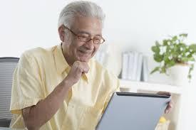 Idoso com mais de 65 anos tem parcela isenta no Imposto de Renda