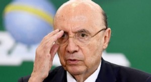 Brazilian Finance Minister Henrique Meirelles speaks during a ceremony to announce measures to make access to labour rights more flexible at Planalto Palace in Brasilia on February 14, 2017. The Government expects the injection of R$ 40 billion (around U$ 13 billion) in the economy with the access of workers to amounts retained in the guarantee fund. / AFP / EVARISTO SA