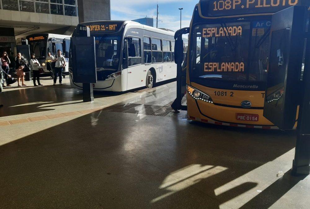 GDF reduz em R$ 0,05 preços de passagens de ônibus após reclamações por falta de troco