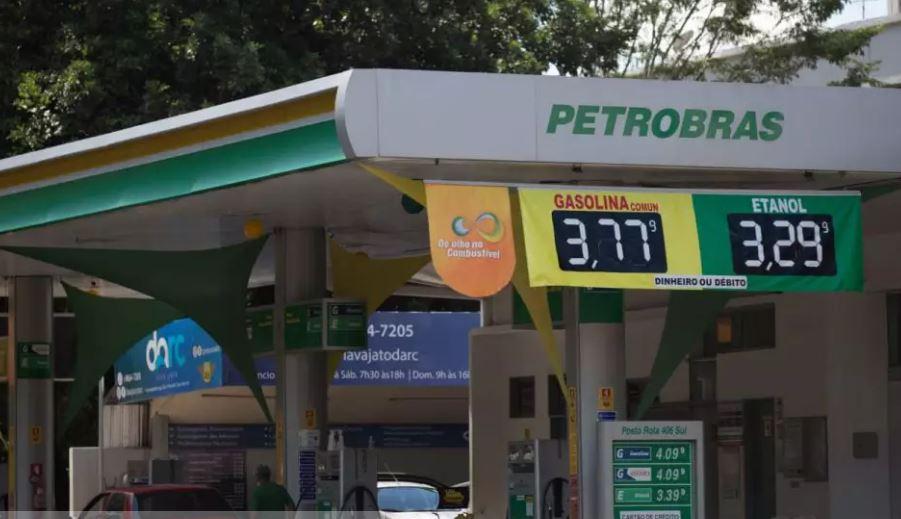 Preço da gasolina cai mais uma vez no DF e chega a R$ 3,77