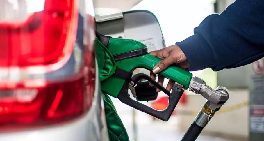 DF: após decreto, postos de combustíveis mantêm horário reduzido