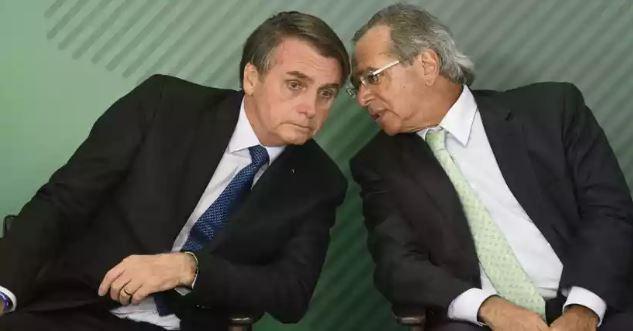 Bolsonaro sinaliza que deve vetar possibilidade de reajuste a servidor