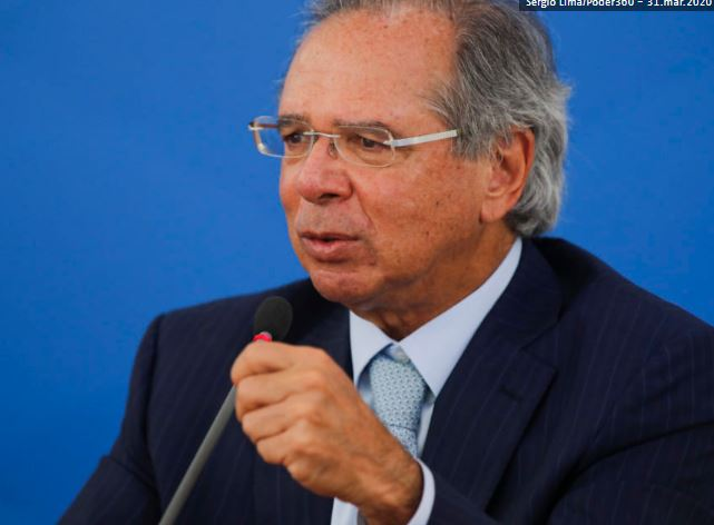 Receita deve distribuir dinheiro para empresas do Simples, diz Paulo Guedes