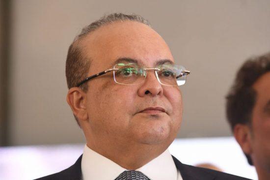 Ibaneis adia para 18 de maio a reabertura do comércio no DF